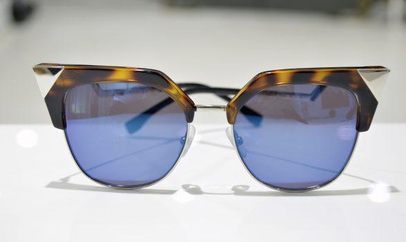 Solbriller af Fendi model FF 0149/S TLVXT 54-18