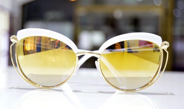 Solbriller af Roberto Cavalli model Casola 1032 21C 56-19