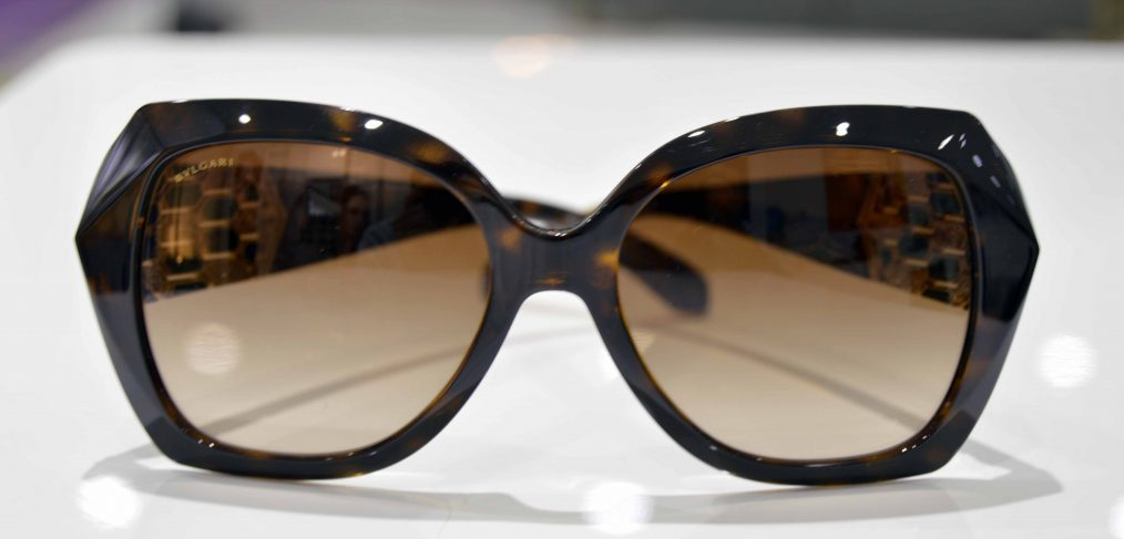 Vista frontal de la gafa de sol de Bvlgary modelo 8182-B 977:13 57-17
